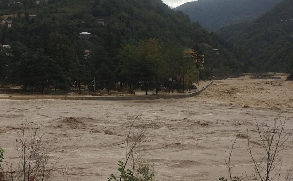 ქედაში რამდენიმე მდინარე კალაპოტიდან გადმოვიდა