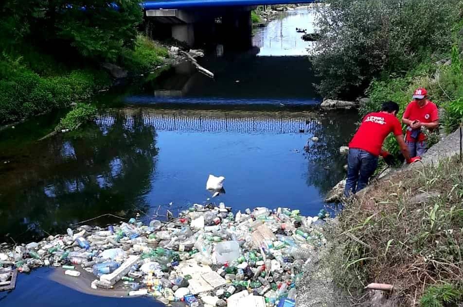 მდინარეებში ჩაყრილი ყოველდღიური მომხმარების ნივთები