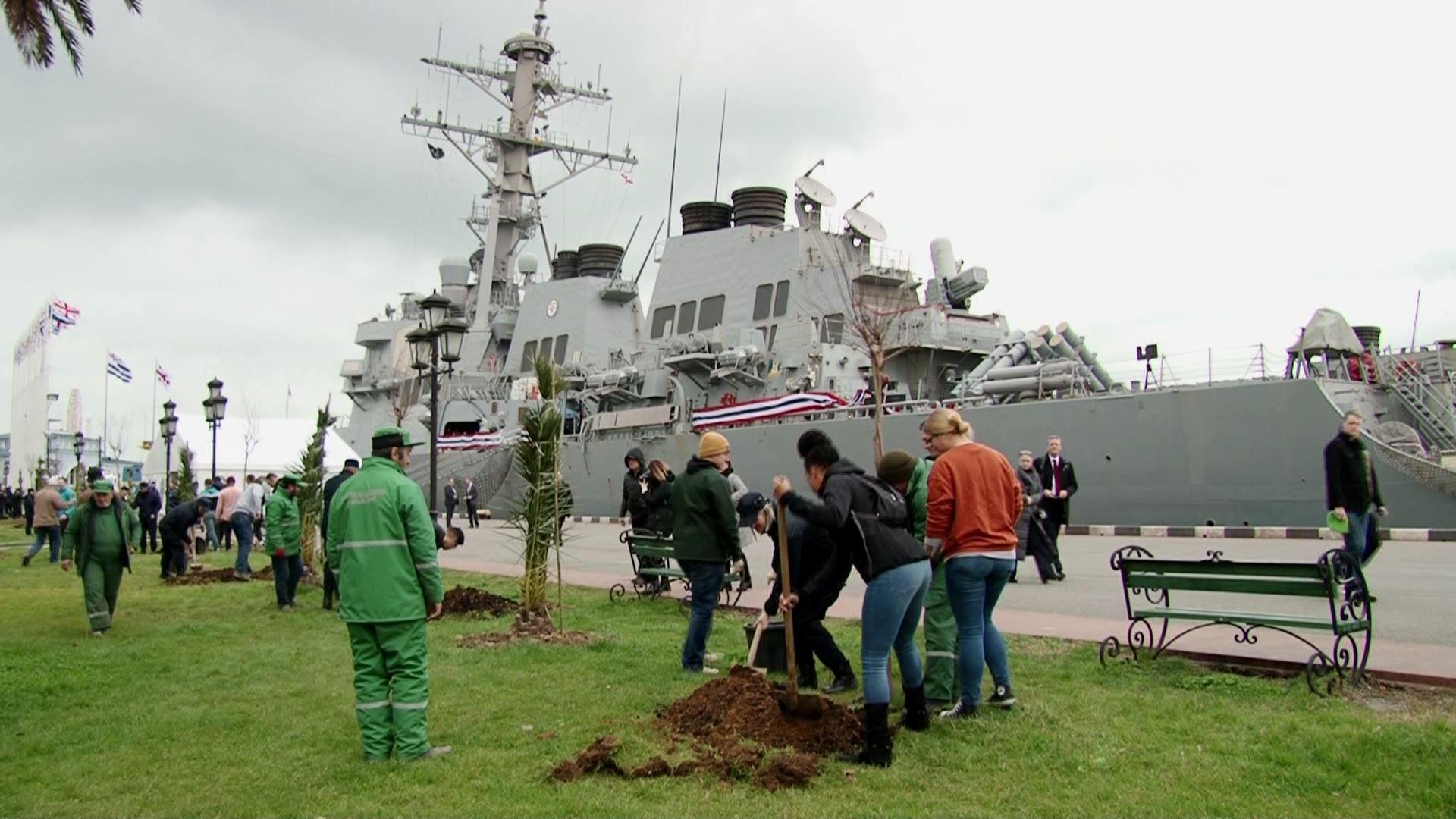 American crew members planted trees in Batumi