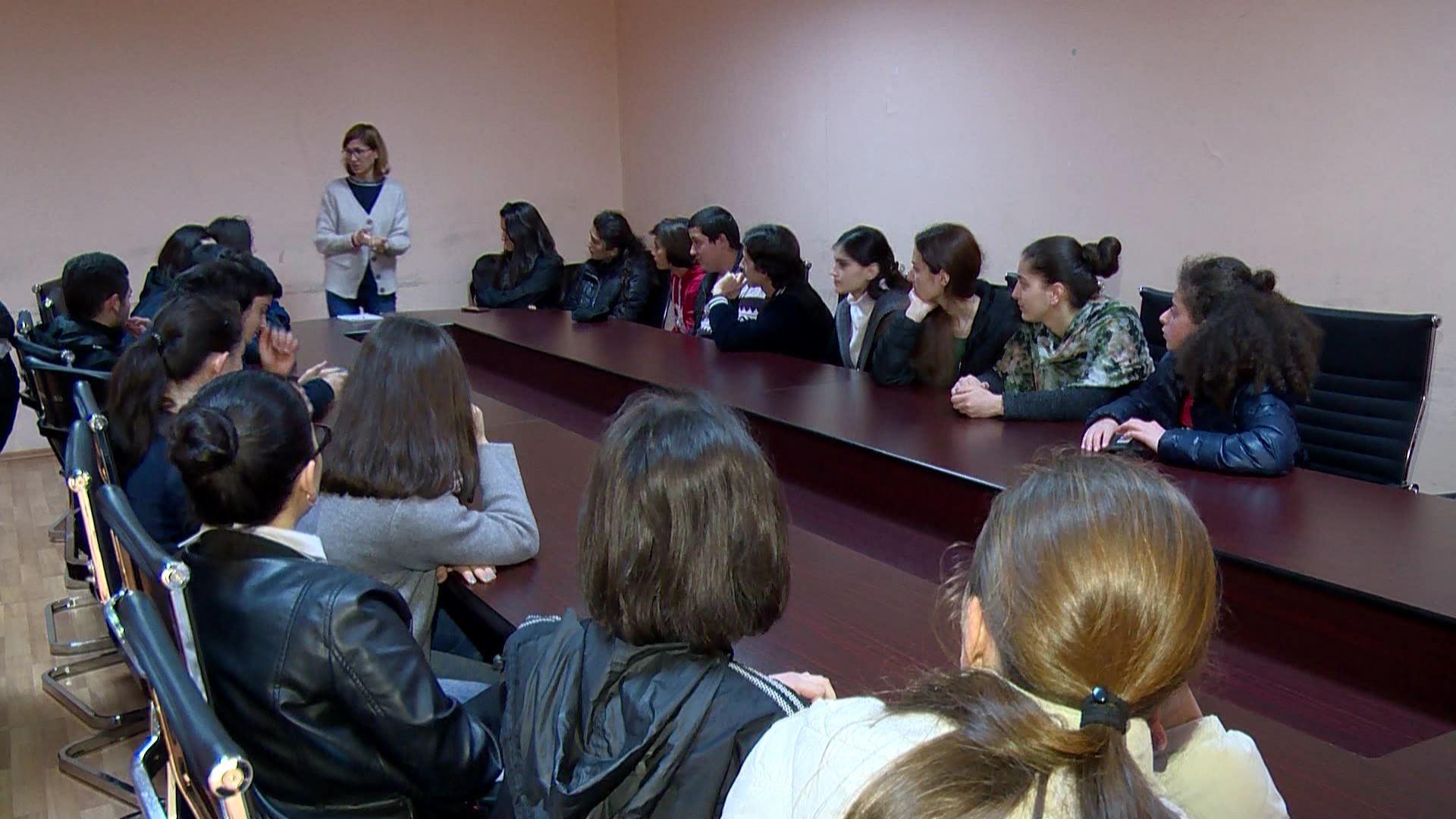 """""""შშმ პირების სოციალური აქტიურობა და ინკლუზიური განათლება""""- სემინარი ქედაში"""