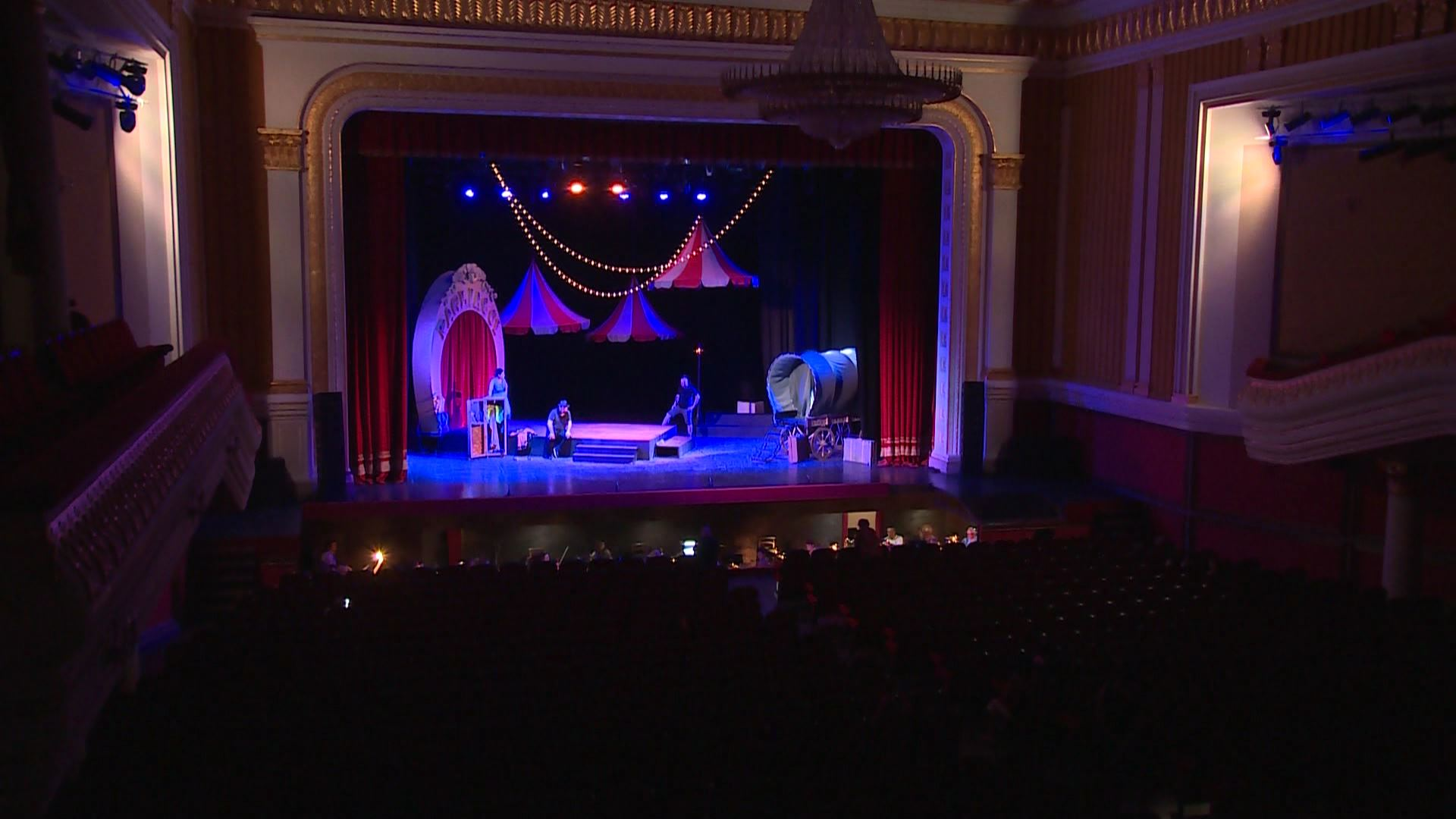 ''Clowns'' - The musical center is preparing for the premiere