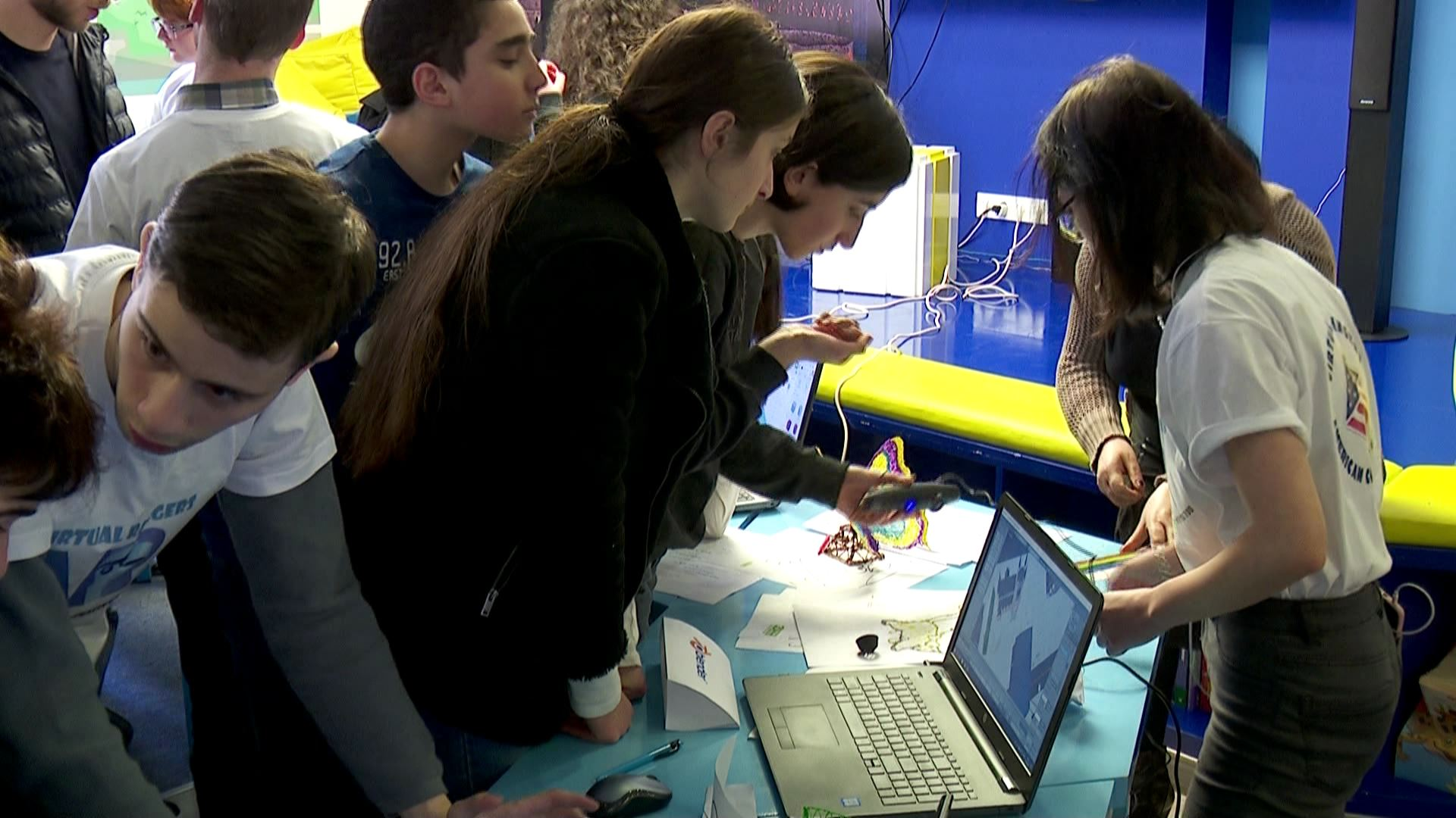 The exhibition of technological workshops was held in the American corner