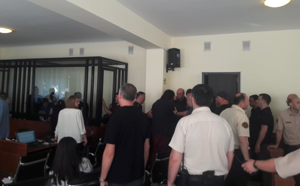 At the trial of detainees for the ''thieves' world'', one accused became ill