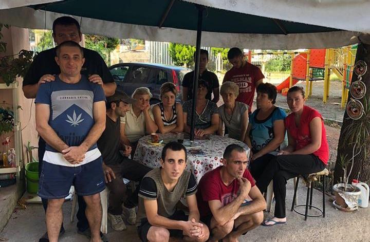 თურქეთში მომუშავე  საქართველოს 16 მოტყუებული მოქალაქე თავს თანამემამულის სახლს აფარებს