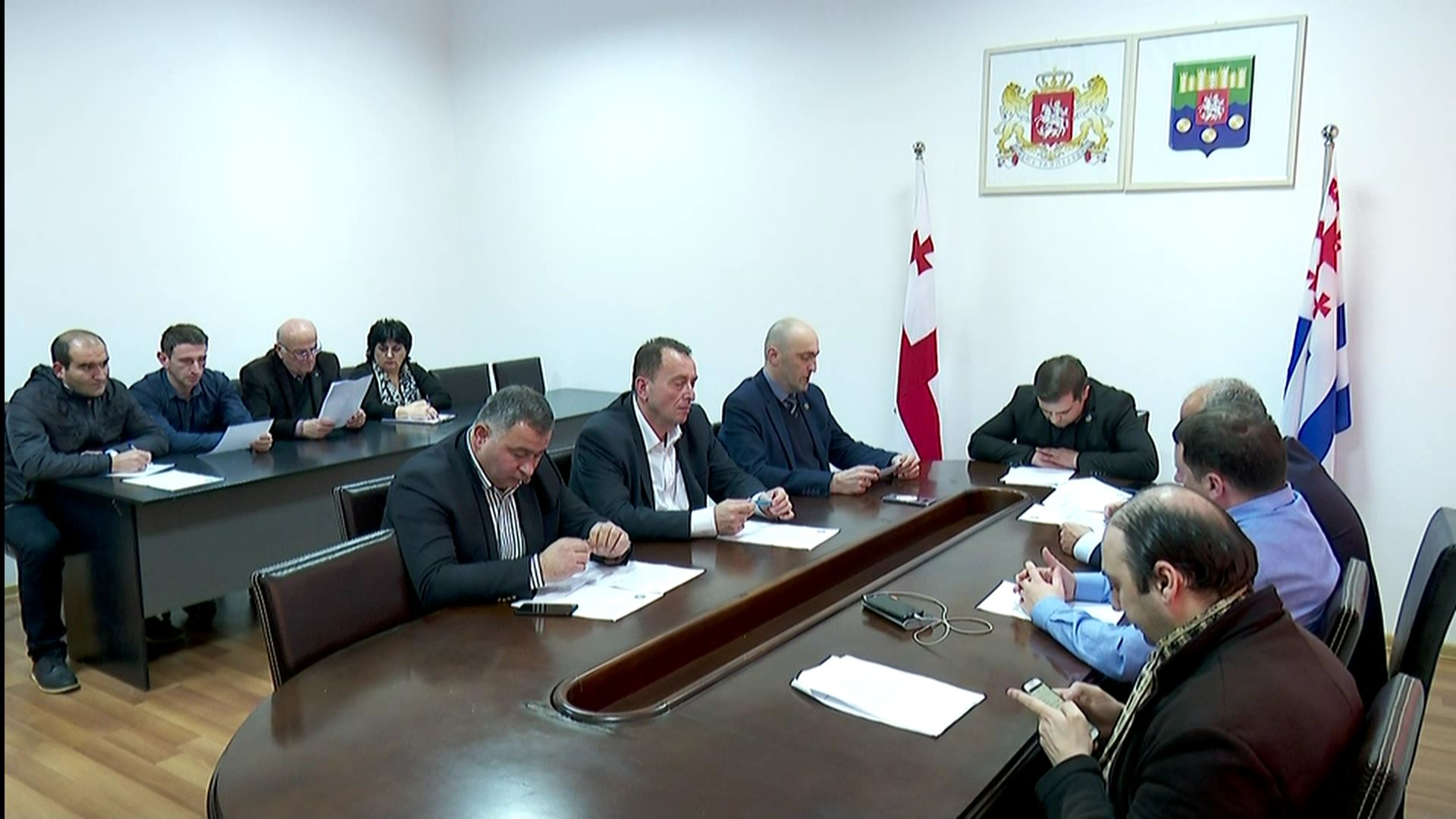 Archil Tatunashvili is working on the text of the resolution in the Supreme Council
