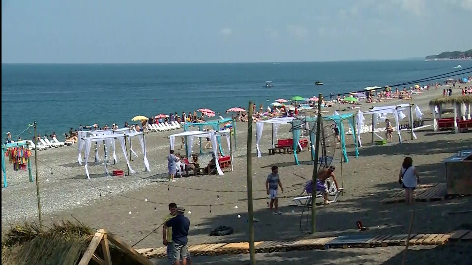 ზაფხულის  ფესტივალი ქობულეთში