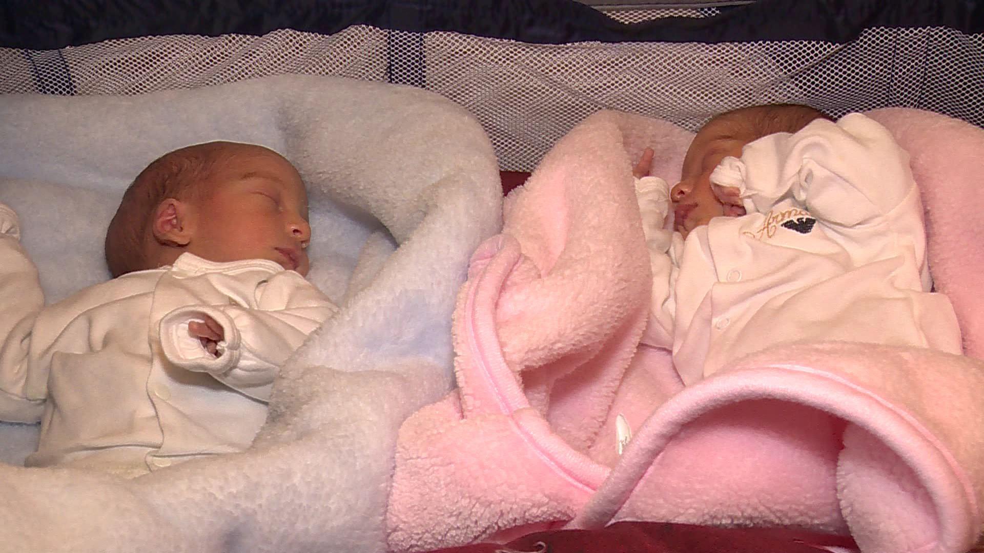 ბათუმში დაბადებულ სამ ტყუპს  3 000 ლარი გადაეცა