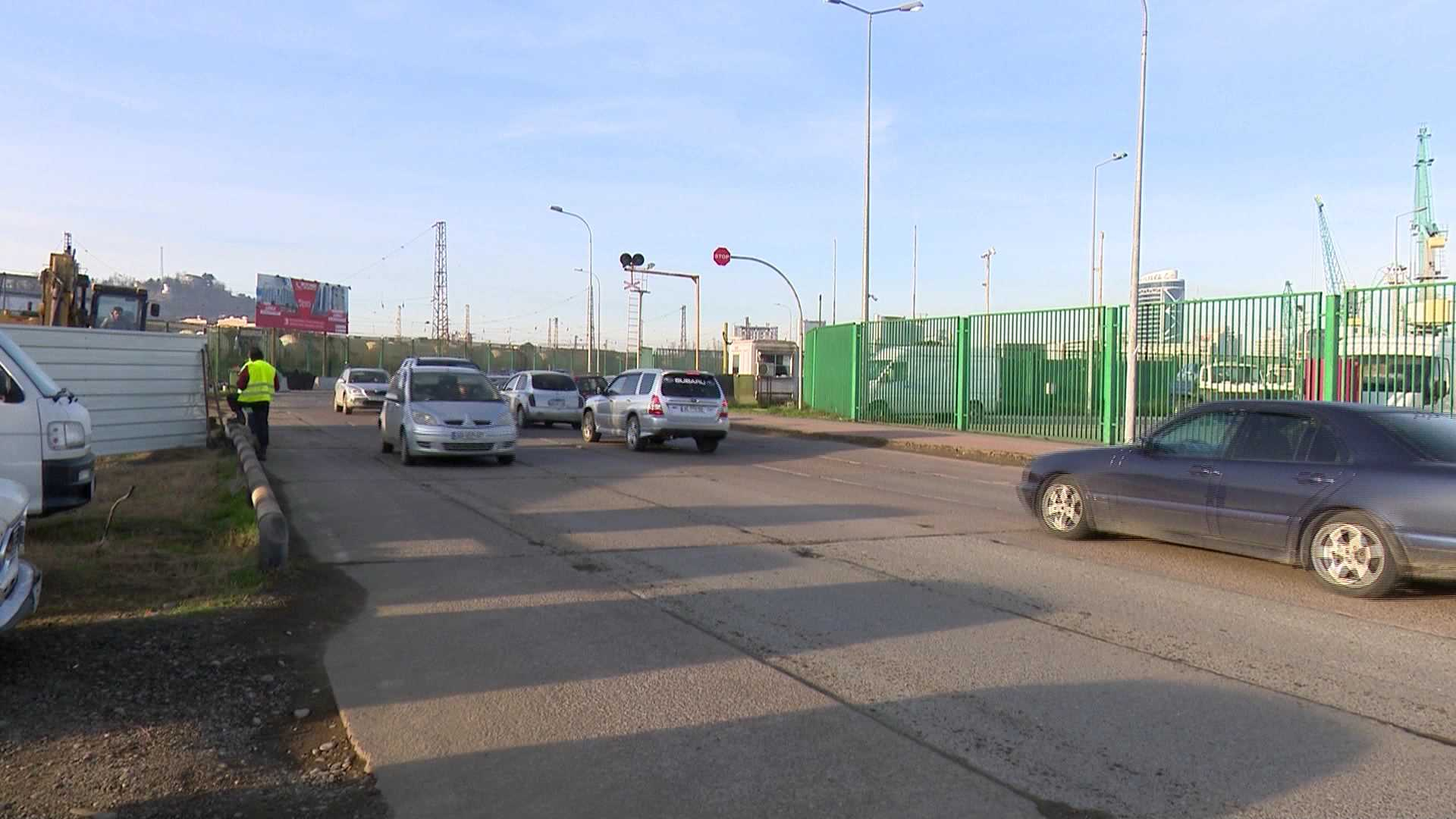 Restrictions on motor movement due to the construction of the overpass