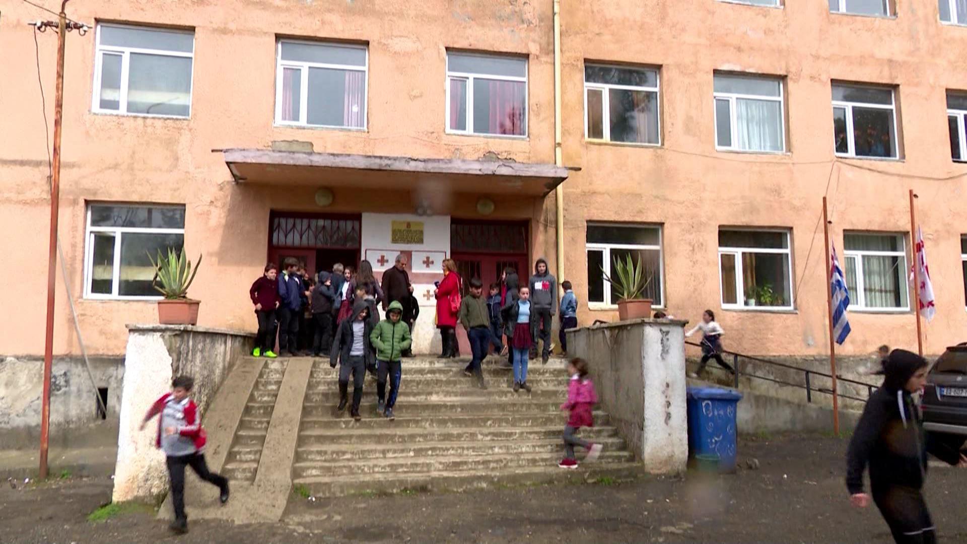 ჯიხანჯურის სკოლა რეაბილიტაციიდან 10 წლის შემდეგ