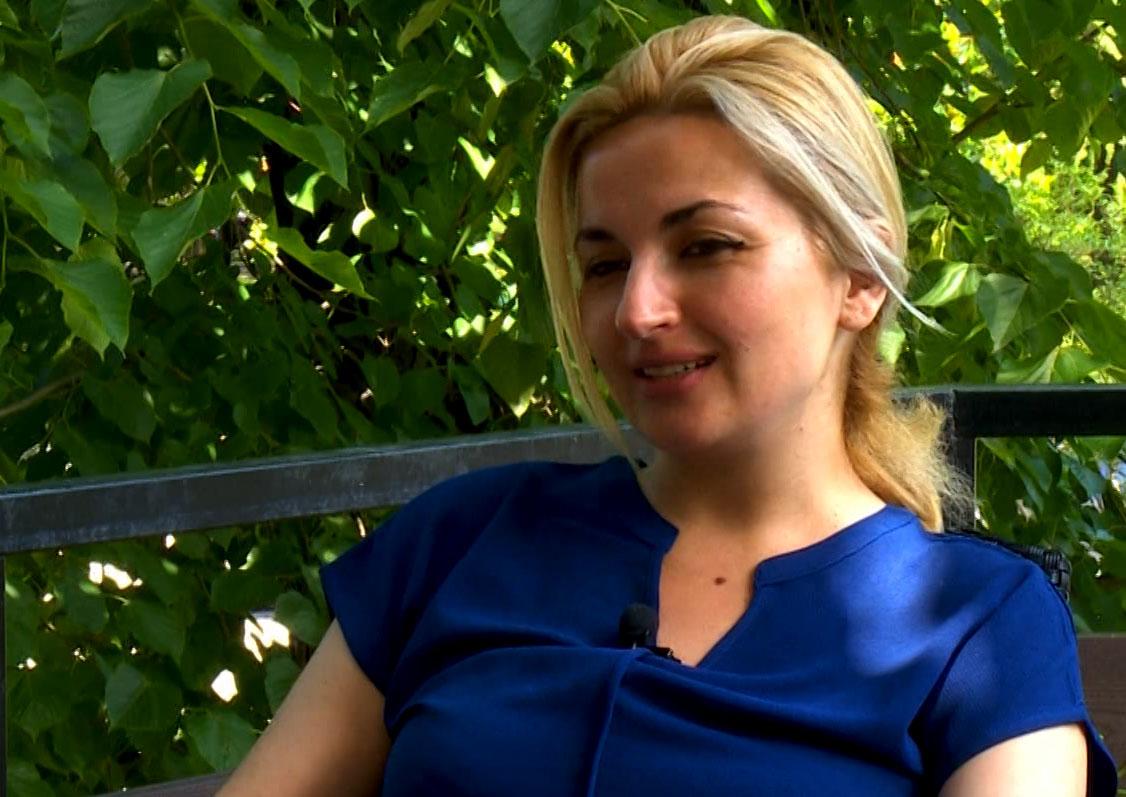 ნონა ხიდაშელი / ფსიქოლოგი