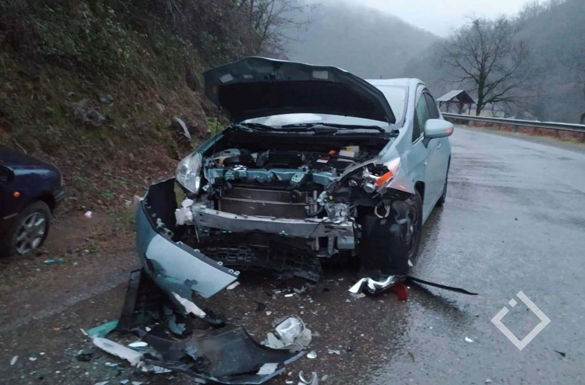 ქედაში ავარიის დროს 5 ადამიანი დაშავდა