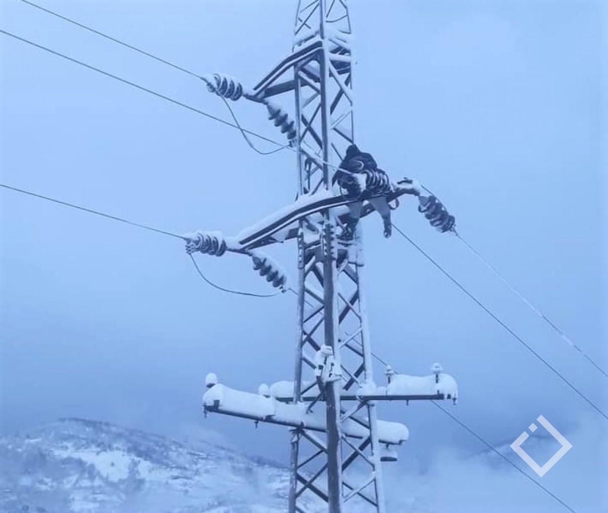 მაღალმთიანი აჭარა დიდწილად ელექტროენერგიის გარეშე დარჩა - თოვლის საფარი მერტს აღწევს