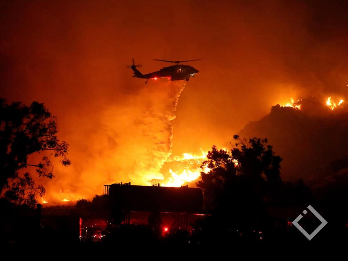 კალიფორნიაში ტყის მასივი იწვის - ევაკუირებულია 100 ათასი ადამიანი