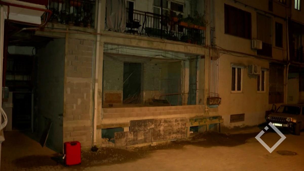 ჩამონგრეული სახლის მომიჯნავე კორპუსი უსაფრთხო არ აღმოჩნდა